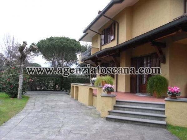 Villa Singola Con Grande Giardino