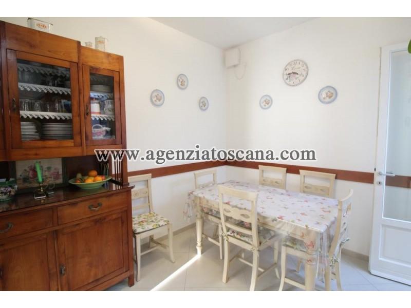 Villa Bifamiliare in affitto, Forte Dei Marmi - Vittoria Apuana -  12