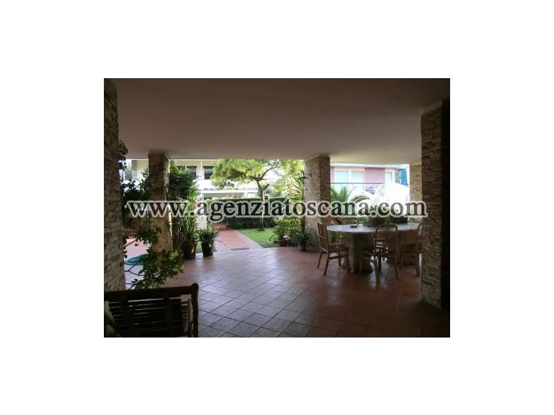 Villa in vendita, Camaiore - Lido Di Camaiore -  1