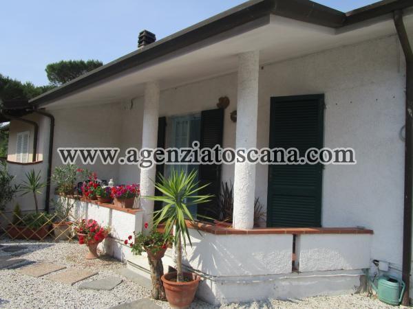 Villa Bifamiliare in vendita, Forte Dei Marmi - Vittoria Apuana -  0
