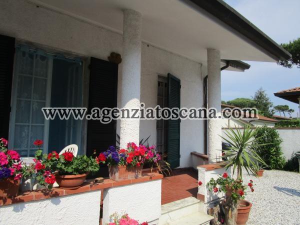 Villa Bifamiliare in vendita, Forte Dei Marmi - Vittoria Apuana -  8