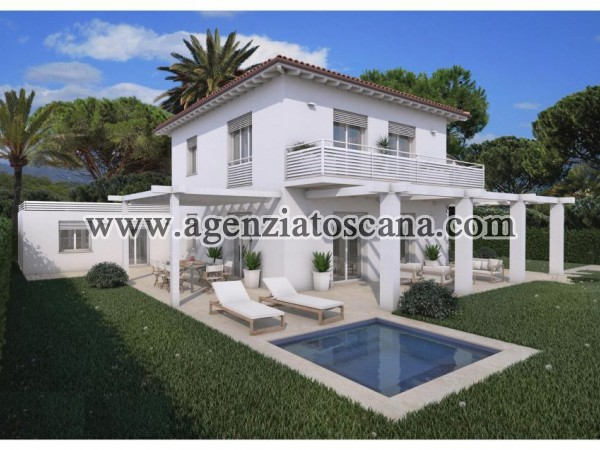Single Villa With Large Garden And Dependence