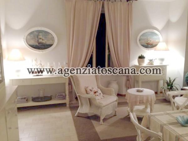 Appartamento In Splendida Posizione A Due Passi Dal Mare