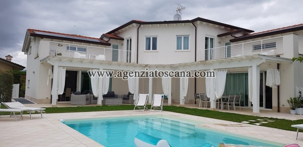 Villa Con Piscina in affitto, Forte Dei Marmi - Centrale -  0