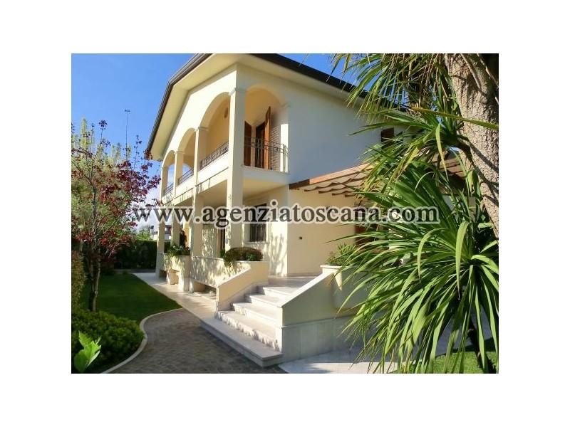 Villa Bifamiliare in affitto, Forte Dei Marmi -  0