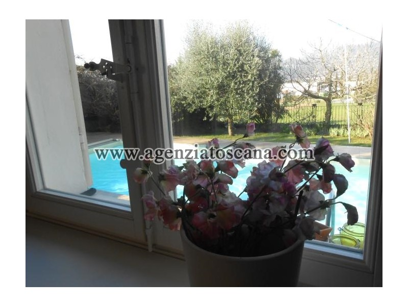 Villa With Pool for Sale in Camaiore  Surface (mq): 150 with