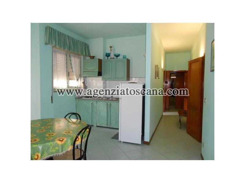 Appartamento in vendita, Camaiore - Lido Di Camaiore -  0