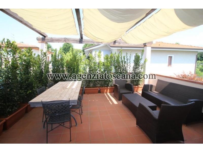 Appartamento in vendita, Forte Dei Marmi - Centrale -  1