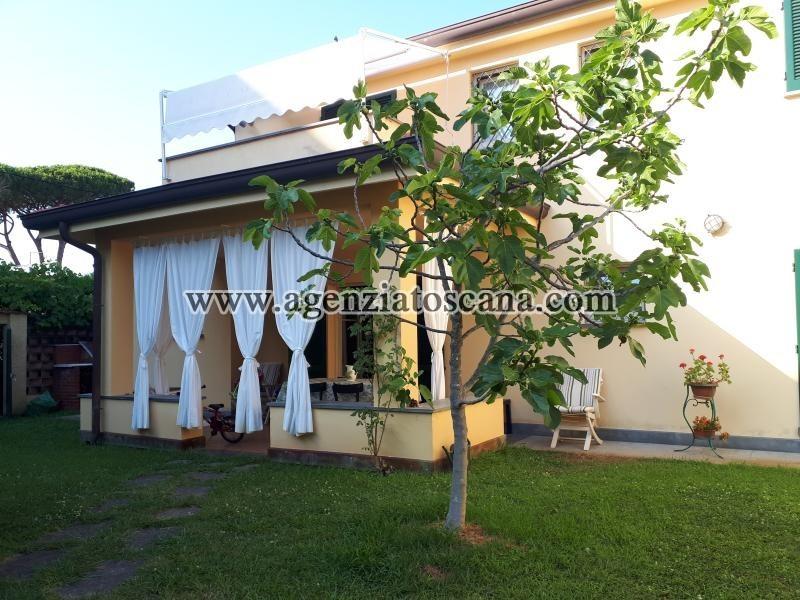 Villa Bifamiliare in affitto, Forte Dei Marmi - Centro Storico -  0