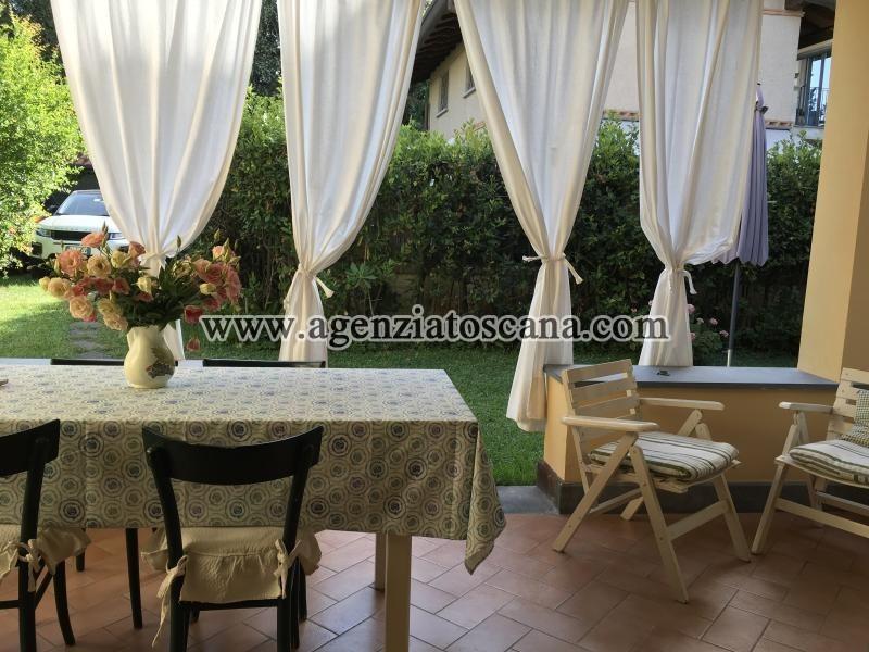 Villa Bifamiliare in affitto, Forte Dei Marmi - Centro Storico -  11