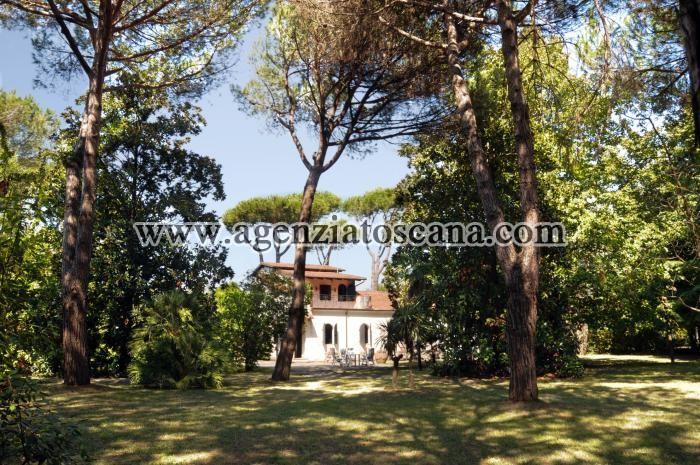 Villa in vendita, Massa - Poveromo -  0