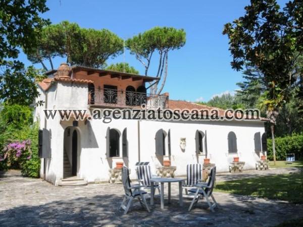 Villa in vendita, Massa - Poveromo -  2