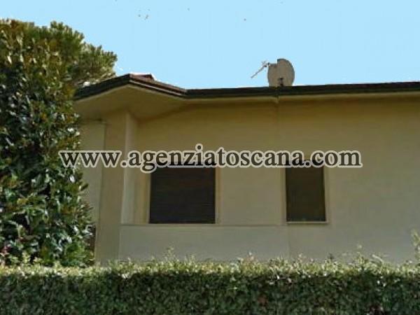 Villa Singola Con Dipendenza In Buone Condizioni