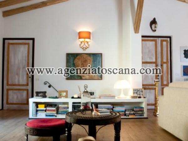 Villa With Pool for rent, Pietrasanta - Val Di Castello -  18