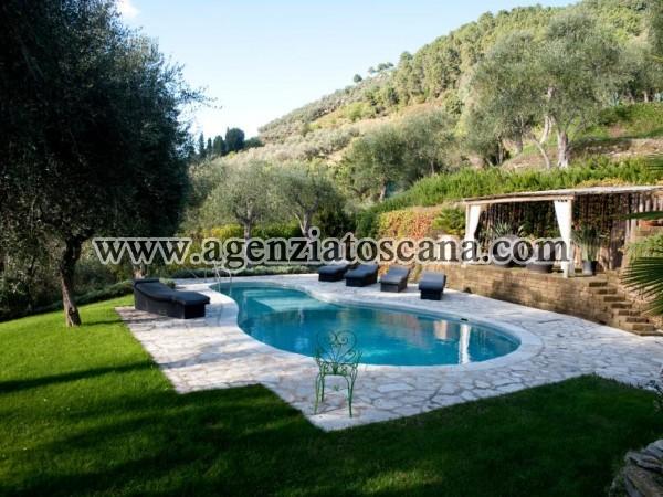 Villa With Pool for rent, Pietrasanta - Val Di Castello -  8