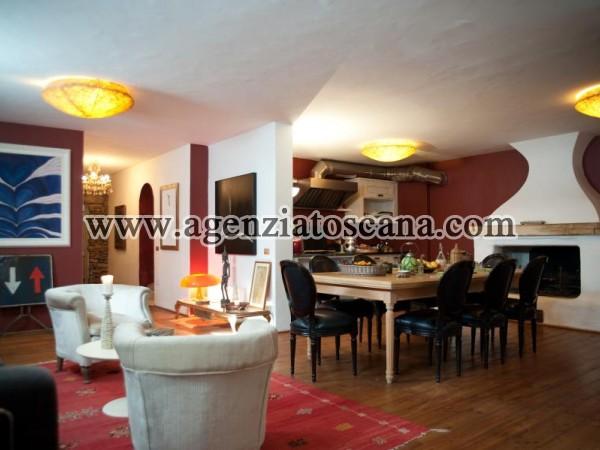 Villa With Pool for rent, Pietrasanta - Val Di Castello -  21