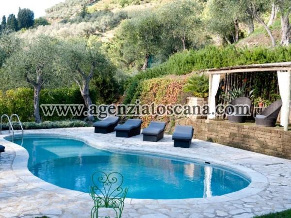 Villa With Pool for rent, Pietrasanta - Val Di Castello -  9