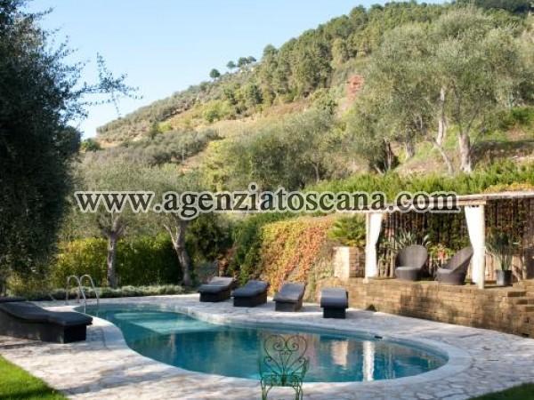 Villa With Pool for rent, Pietrasanta - Val Di Castello -  10