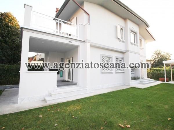 Villa Bifamiliare in vendita, Forte Dei Marmi - Centrale -  1