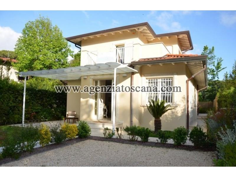 вилла за арендная плата, Forte Dei Marmi - Vittoria Apuana -  1