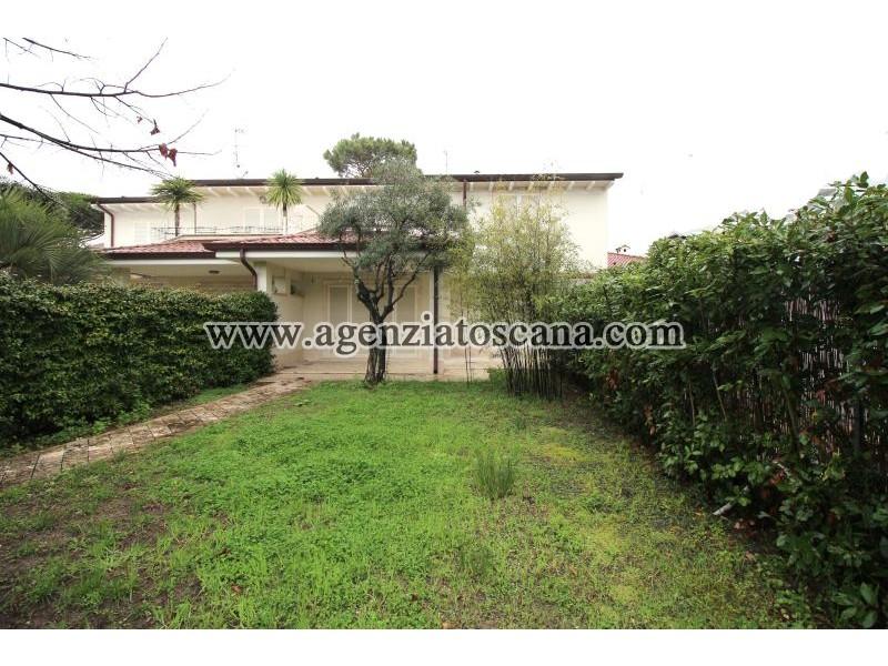 Villa Bifamiliare in vendita, Forte Dei Marmi - Ponente -  0