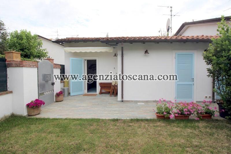 Villa Bifamiliare in affitto, Forte Dei Marmi - Centrale -  0