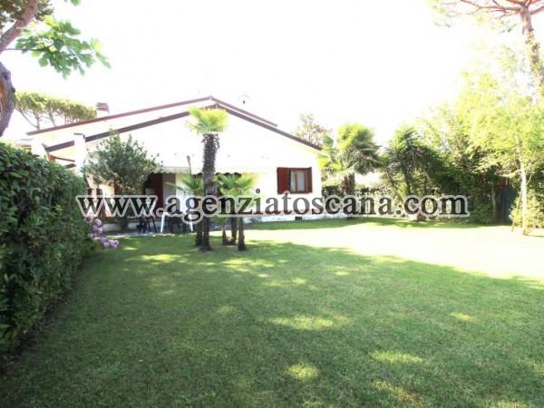 Villa In Centro Forte
