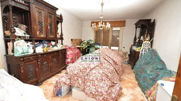 Montignoso grande appartamento in bifamiliare rif 672