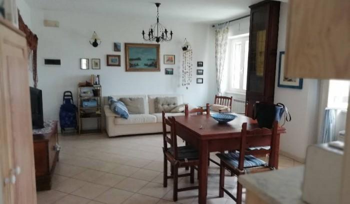 Riferimento AL35B - Appartamento in Affitto a Lido Di Camaiore