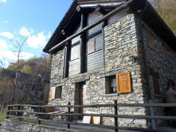 Ref. 271 - Rustic House for Sale in Malvaglia