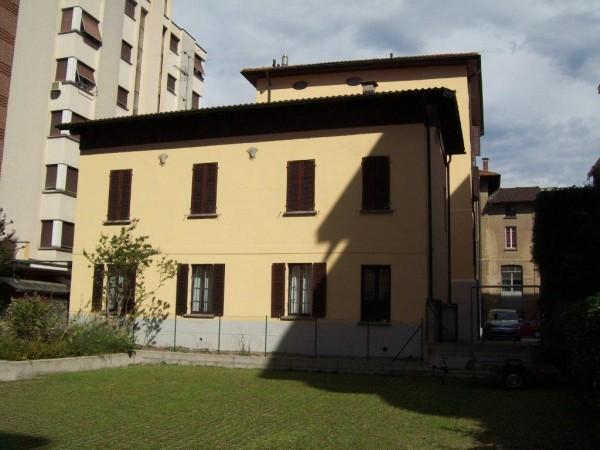 Ref. 236 - Immobile Commerciale for Sale in Lugano Centro