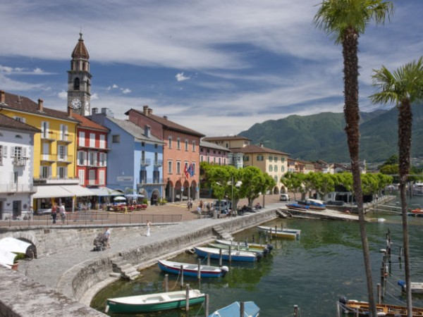 Ref. 316 - Shop for Sale in Ascona