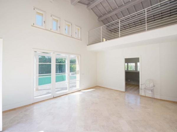 Rif. V705 - villa singola in vendita a Pietrasanta | Foto 8