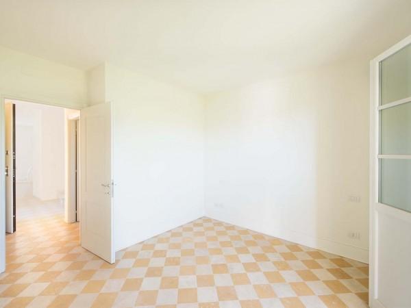 Rif. V705 - villa singola in vendita a Pietrasanta | Foto 10