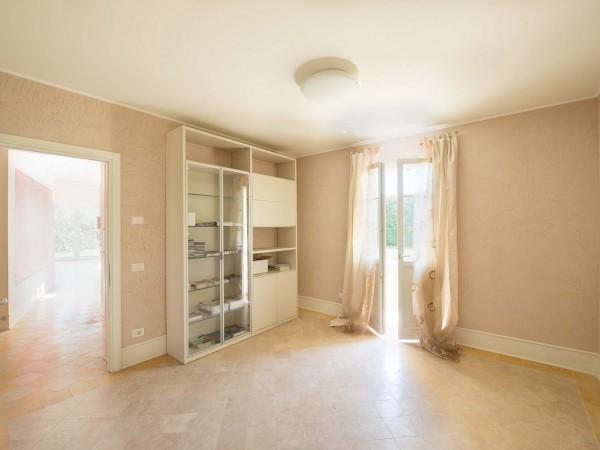 Rif. V705 - villa singola in vendita a Pietrasanta | Foto 3