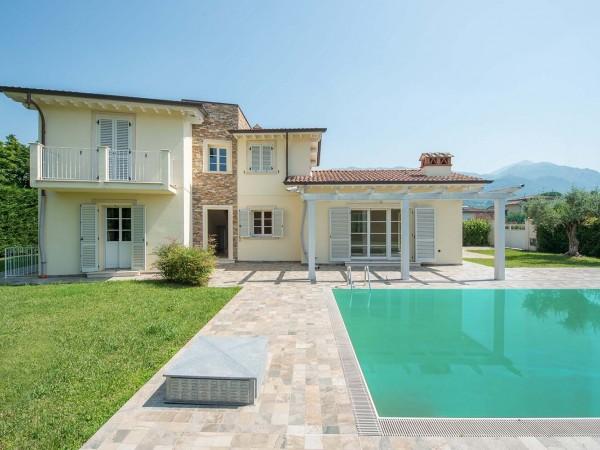Riferimento V705 - Villa Singola in Vendita a Pietrasanta