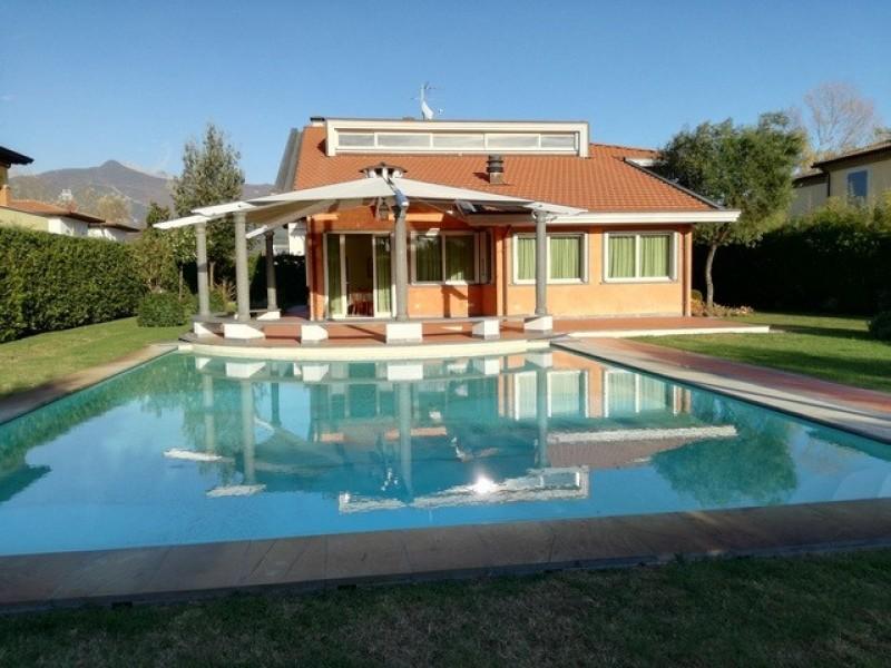 Riferimento 2121 - Villa Singola in  a