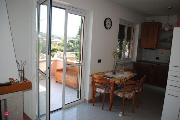 Appartamento in vendita a Chiavari, 6 locali, prezzo € 210.000 | PortaleAgenzieImmobiliari.it