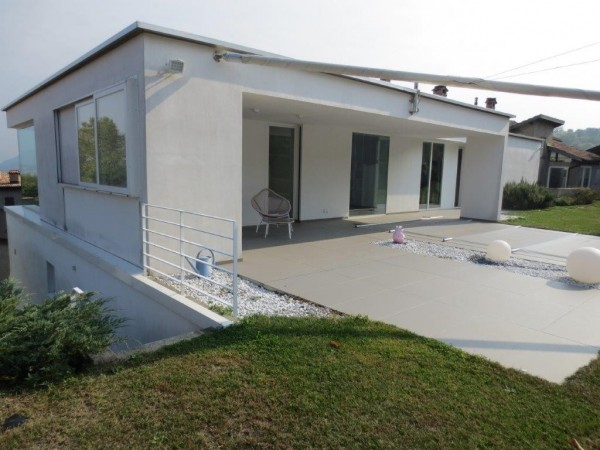 Ref. 441 - Villa for Sale in Novazzano