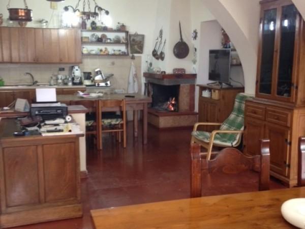Riferimento A333 - Casa Semi Indipendente in Vendita a Vinci Capoluogo