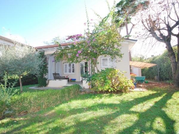Riferimento WA 15282 - Villa Singola in Vendita a Marina Di Pietrasanta