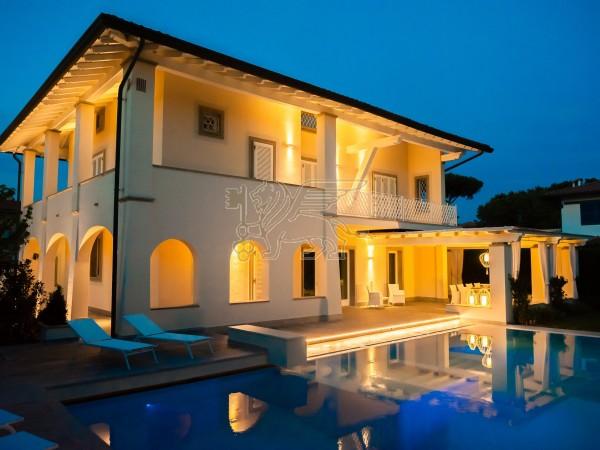 Villa con Piscina in vendita, Forte dei Marmi