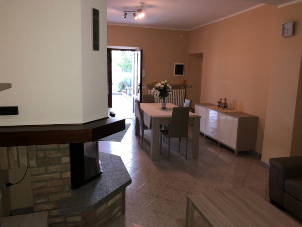 Riferimento 373C - Casa Indipendente in Vendita a Mandrogne