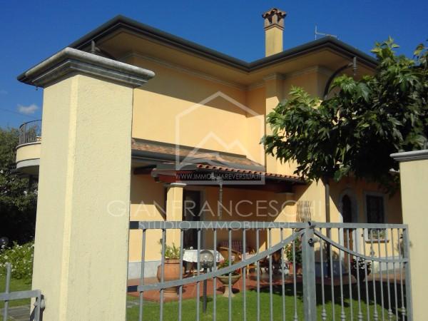 Riferimento 2054 - Villa Bifamiliare in Vendita a Cervaiolo