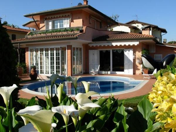 Riferimento 2-8 PL - Villa in Affitto a Marina Di Pietrasanta