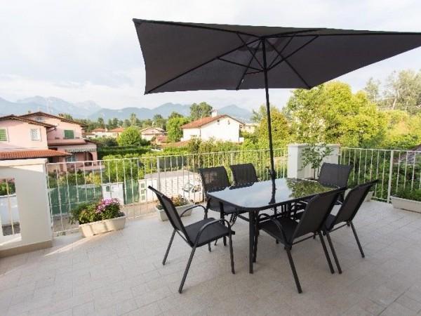 Riferimento 90-4 PL - Appartamento in Affitto a Forte Dei Marmi