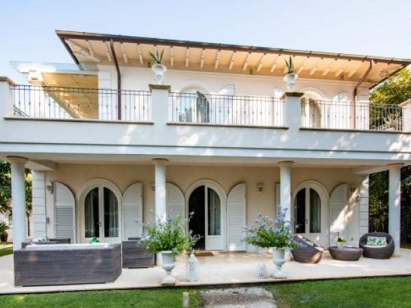 Riferimento 69-10 PL - Villa in Affitto a Marina Di Pietrasanta