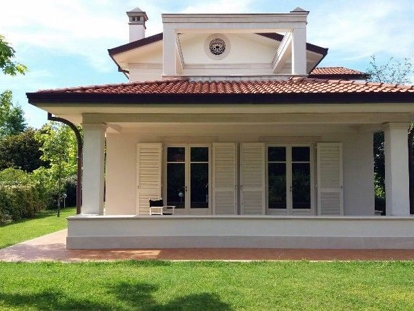 Reference 195 - Villa  for Sale in Forte Dei Marmi