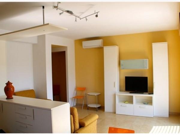 Riferimento 136-6 PL - Appartamento in Affitto a Marina Di Pietrasanta