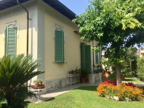 Riferimento 456 - Villa in Vendita a Pietrasanta